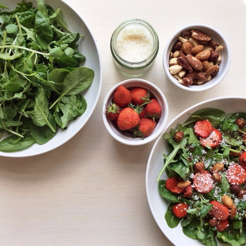 strawberry + mixed greens salad with toasted nuts – kilts ...